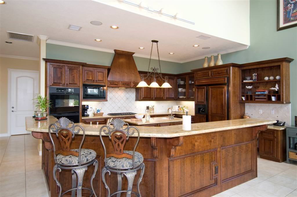 Mahogany Kitchen Cabinets Pictures — Ideas Roni Young from ...