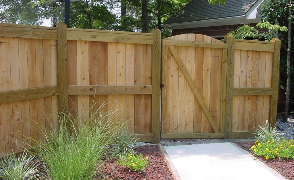 Types Of Wooden Fences For Backyard — Ideas Roni Young ...